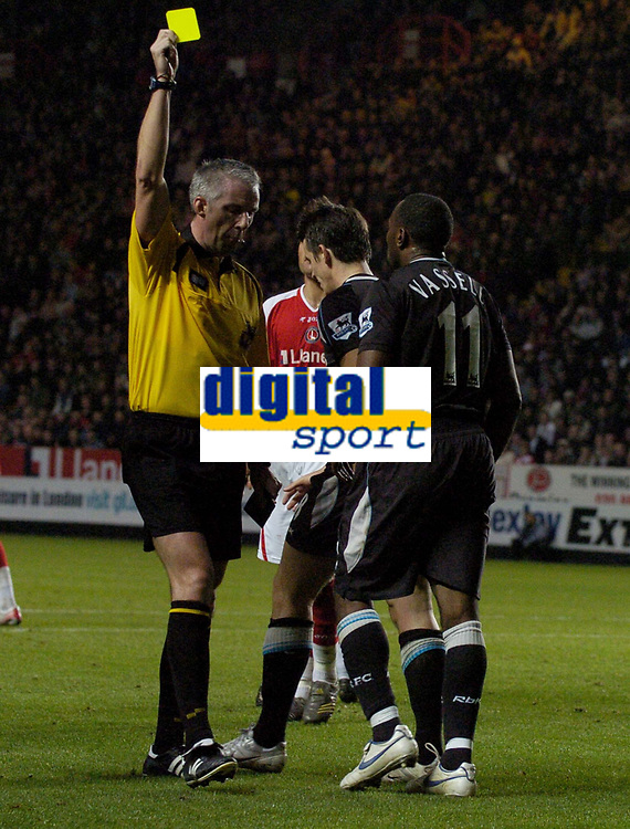 Photo: Olly Greenwood.<br />Charlton Athletic v Manchester City. The Barclays Premiership. 04/11/2006. Manchester City's Darius Vassell is booked for diving the box by referee Chris Foy