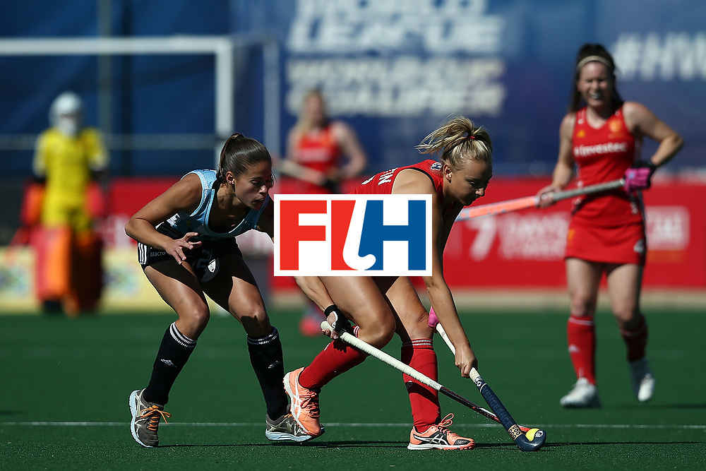 JOHANNESBURG, SOUTH AFRICA - JULY 23:  Lucina von der Heyde of Argentina battles with Hannah Martin of England during day 9 of the FIH Hockey World League Women's Semi Finals 3rd/ 4t place match between England and Argentina at Wits University on July 23, 2017 in Johannesburg, South Africa.  (Photo by Jan Kruger/Getty Images for FIH)