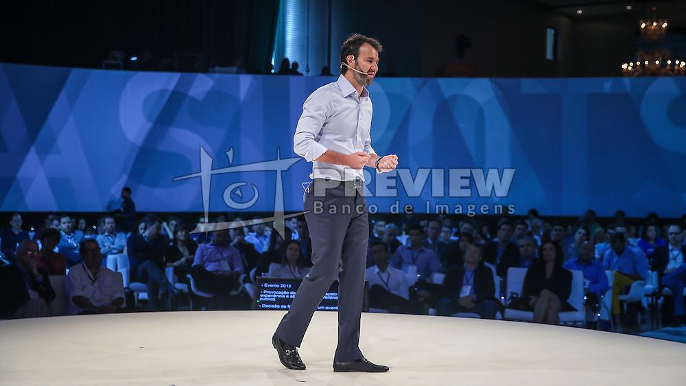 Eduardo Sirotsky Melzer durante o VOX - The Joy of Sharing, evento que  pretende provocar reflexões sobre o futuro da comunicação a partir do compartilhamento de conteúdo e experiências. FOTO: Jefferson Bernardes/ Agência Preview