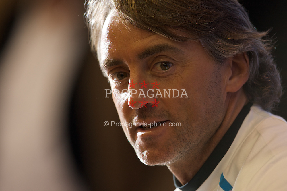 LIVERPOOL, ENGLAND - Monday, February 18, 2008: FC Internazionale Milano's head coach Roberto Mancini during a press conference at Anfield ahead of the UEFA Champions League First Knockout Round against Liverpool FC. (Photo by David Rawcliffe/Propaganda)