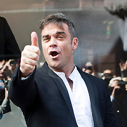 Robbie Williams at House of Fraser 2012