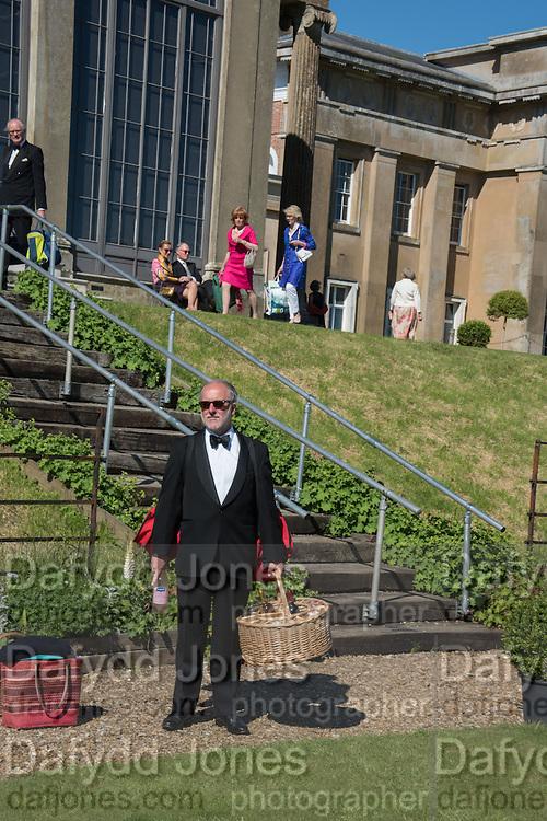 GUY ASHTON, Opening of Grange Park Opera, Fiddler on the Roof, Grange Park Opera, Bishop's Sutton, <br /> Alresford, 4 June 2015