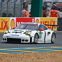 #92 Porsche 911 RSR, Porsche Team Manthey GTE Pro, drivers: Wolf Henzler, Frederic Makowieki, Patrick Pilet at Le Mans 24H, 2015
