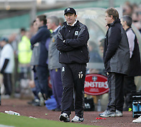 Photo: Lee Earle.<br /> Plymouth Argyle v Norwich City. Coca Cola Championship.<br /> 14/01/2006. Plymouth manager Tony Pulis looks glum.