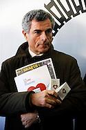 """Roma 18 Dicembre 2009.Inaugurato centro polivalente per senza fissa dimora """"Binario 95"""" in via Marsala 95.All'inaugurazione  l'amministratore delegato di Ferrovie dello Stato, Mauro Moretti,"""