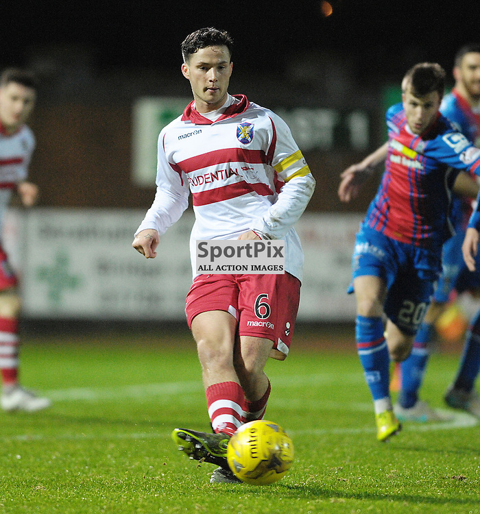 Willie Robertson (Stirling Albion, red &amp; white) <br /> <br /> Stirling Albion v Inverness Caledonian Thistle, Scottish Cup, Saturday 9th January 2016<br /> <br /> (c) Alex Todd | SportPix.org.uk