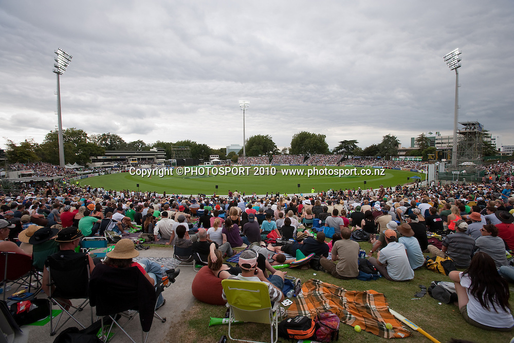 General view of crowd of fans on the bank during the third one day Chappell Hadlee cricket series match between New Zealand Black Caps and Australia at Seddon Park, won by Australia by 6 wickets in Hamilton, New Zealand. Tuesday 9 March 2010. Photo: Stephen Barker/PHOTOSPORT