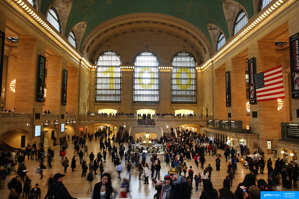 Commuters in the main concourse of at Grand Central Terminal in Manhattan, New York, USA. 26th March 2013. Photo Tim Clayton