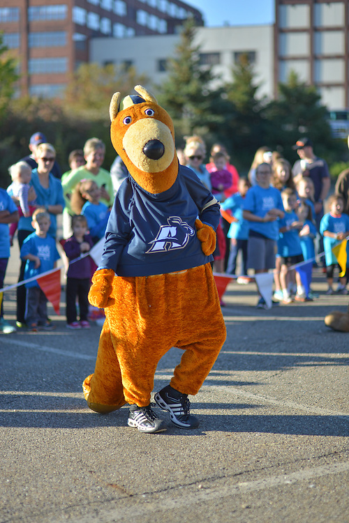 Zippy, mascot for the University of Akron, entertaining at the Kids Fun Run.