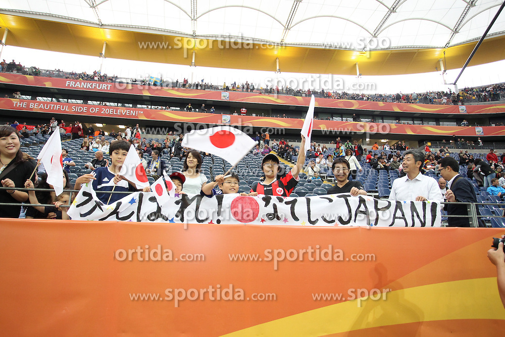 13.07.2011, Commerzbank Arena, Frankfurt, GER, FIFA Women Worldcup 2011, Halbfinale,  Japan (JPN) vs. Schweden (SWE), im Bild Japanische FAns.. // during the FIFA Women´s Worldcup 2011, Semifinal, Japan vs Sweden on 2011/07/13, Commerzbank Arena, Frankfurt, Germany.   EXPA Pictures © 2011, PhotoCredit: EXPA/ nph/  Mueller       ****** out of GER / CRO  / BEL ******