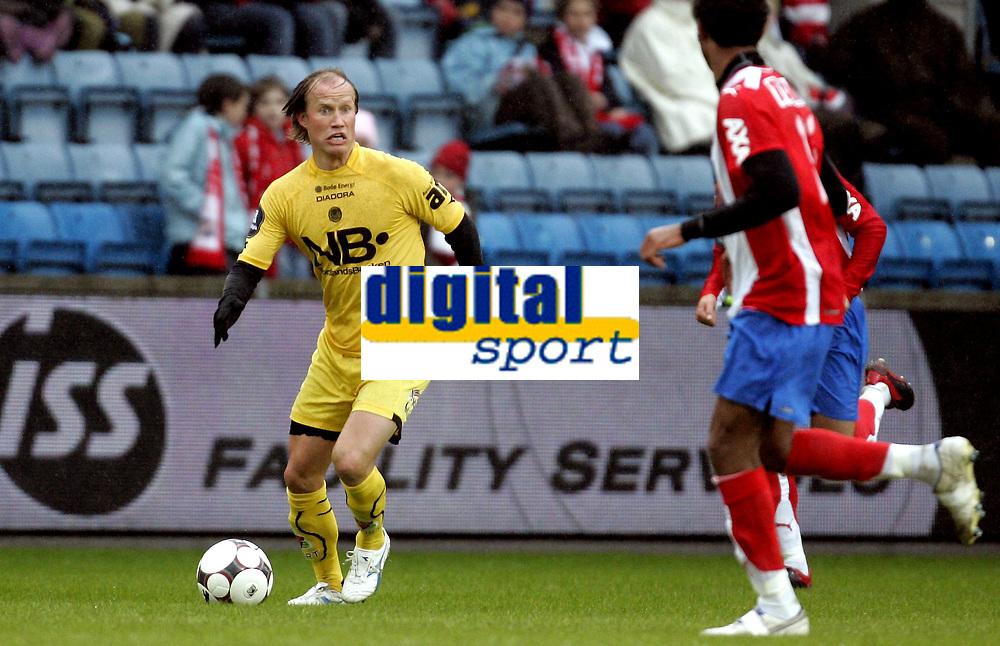 Fotball<br /> Tippeligaen Eliteserien<br /> 06.04.08<br /> Ullevaal Stadion<br /> FC Lyn Oslo - Bod&oslash;/Glimt Bod&oslash; Glimt<br /> Runar Berg<br /> Foto - Kasper Wikestad