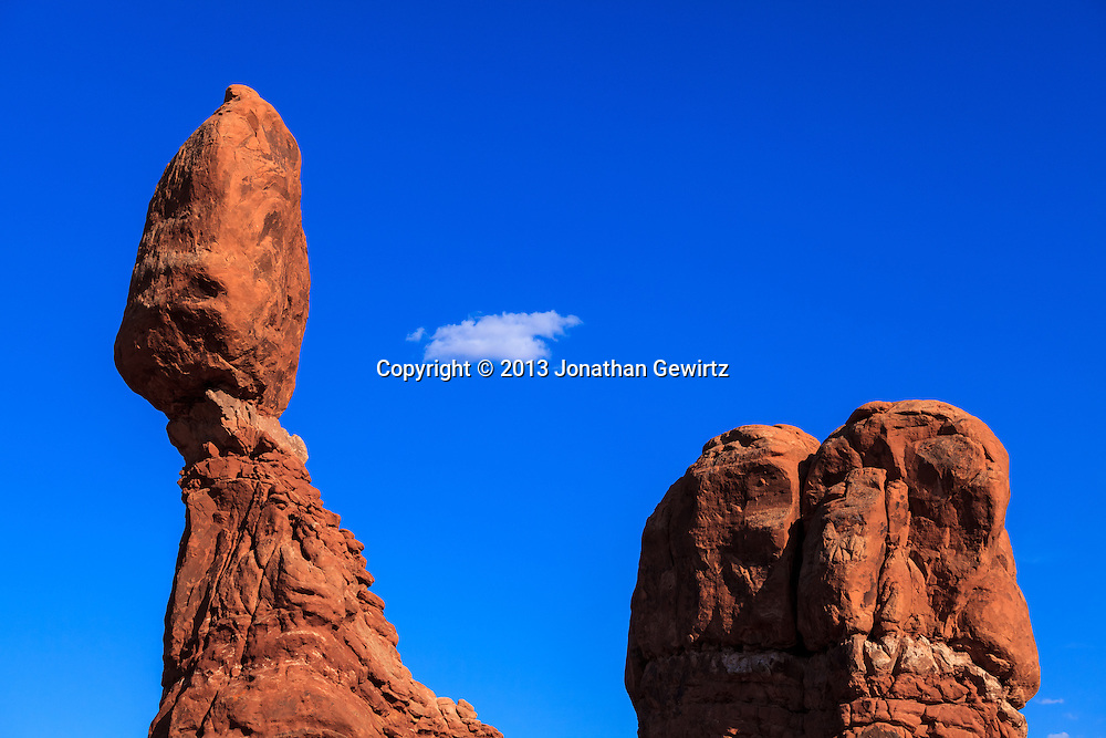 The Balanced Rock geological formation in Arches National Park, Utah. WATERMARKS WILL NOT APPEAR ON PRINTS OR LICENSED IMAGES.