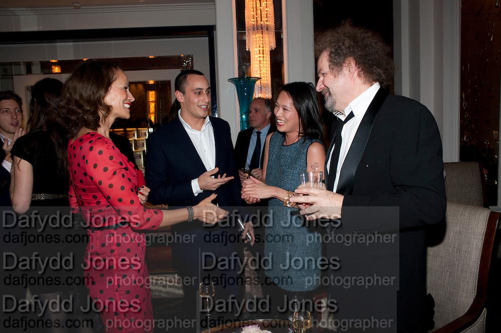 ANDREA DELLAL; ALEX DELLAL; ROSEY CHAN; MIKE FIGGIS, Ella Krasner and Pablo Ganguli host a Liberatum dinner in honour of Sir V.S.Naipaul. The Landau at the Langham. London. 23 November 2010. -DO NOT ARCHIVE-© Copyright Photograph by Dafydd Jones. 248 Clapham Rd. London SW9 0PZ. Tel 0207 820 0771. www.dafjones.com.