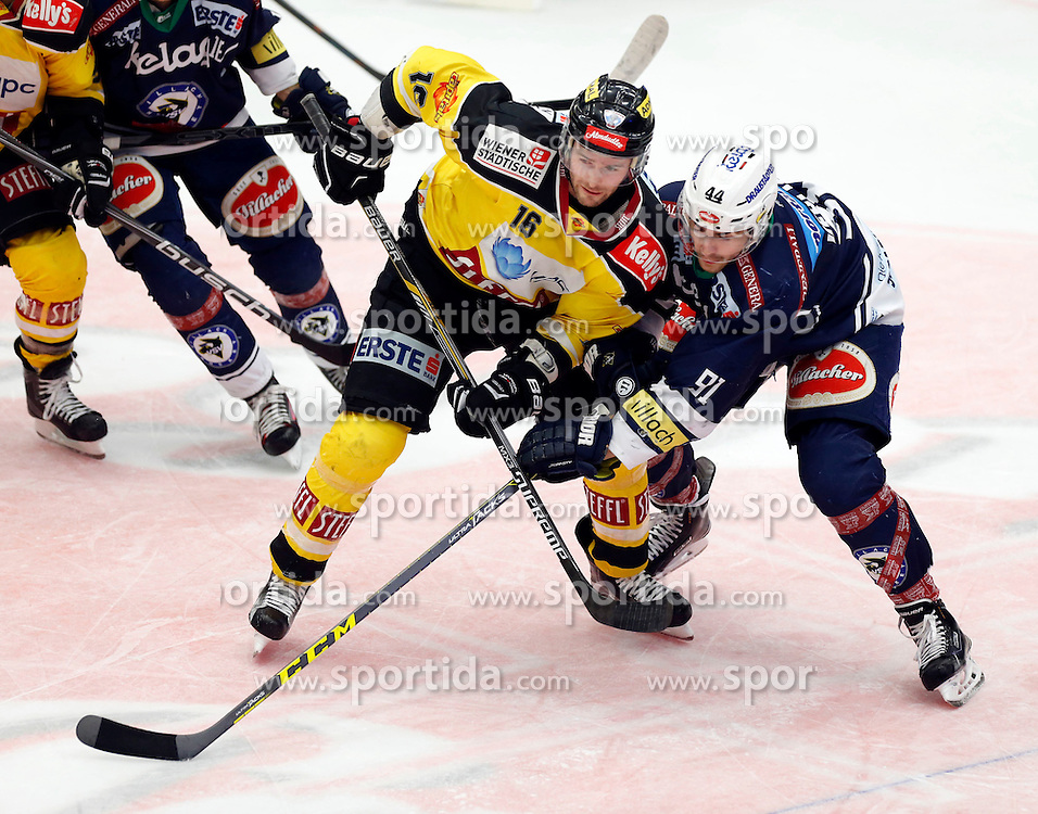 28.02. 2016, Stadthalle, Villach, AUT, EBEL, EC VSV vs UPC Vienna Capitals, Viertelfinale, 2. Spiel, im Bild MacGregor Sharp (Capitals) und Miha Verlic (VSV) // during the Erste Bank Icehockey League 2nd quarterfinal match between EC VSV vs UPC Vienna Capitals at the City Hall in Villach, Austria on 2016/02/28, EXPA Pictures © 2016, PhotoCredit: EXPA/ Oskar Hoeher