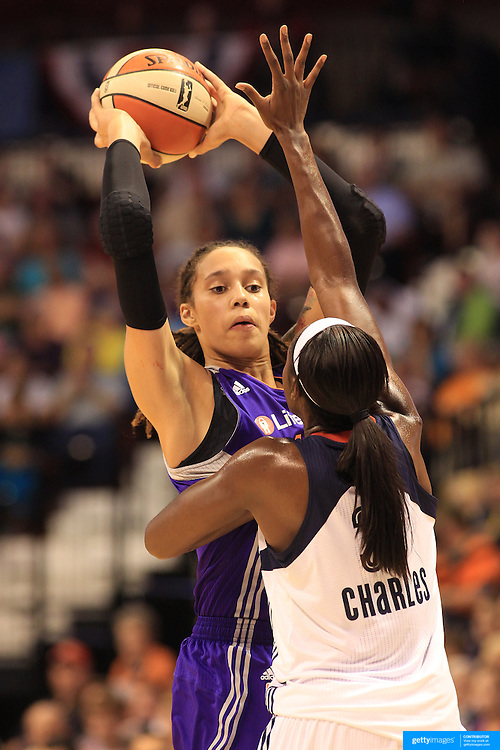 Brittney Griner, Phoenix Mercury, in action against Tina Charles, Connecticut Sun, during the Connecticut Sun V Phoenix Mercury, WNBA regular season game at Mohegan Sun Arena, Uncasville, Connecticut, USA. 29th June 2013. Photo Tim Clayton