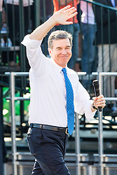November 2, 2016 - Chapel Hill, North Carolina, U.S - NC Gubinatorial candidate Roy Cooper campaigns with President Barack Obama for Hillary Clinton in Chapel Hill, NC at the University of North Carolina-Chapel Hill, Michael Hooker Fields. (Credit Image: © Andy Martin Jr. via ZUMA Wire)