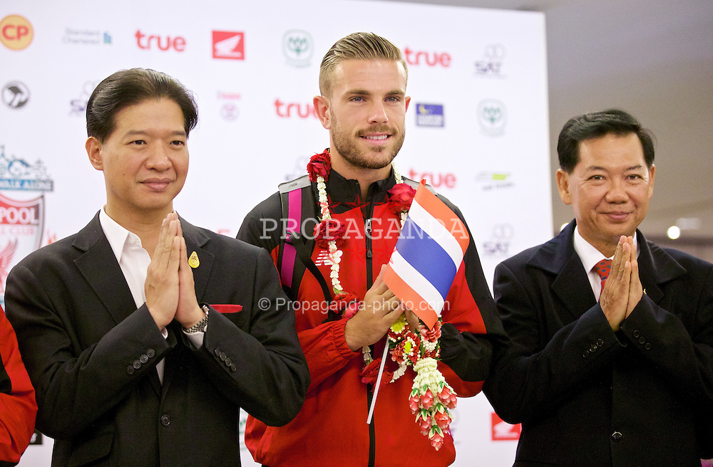 BANGKOK, THAILAND - Monday, July 13, 2015: Liverpool's new captain Jordan Henderson at Bangkok's Suvarnabhumi Airport as the team arrive in Thailand for the start of the club's preseason tour. (Pic by David Rawcliffe/Propaganda)