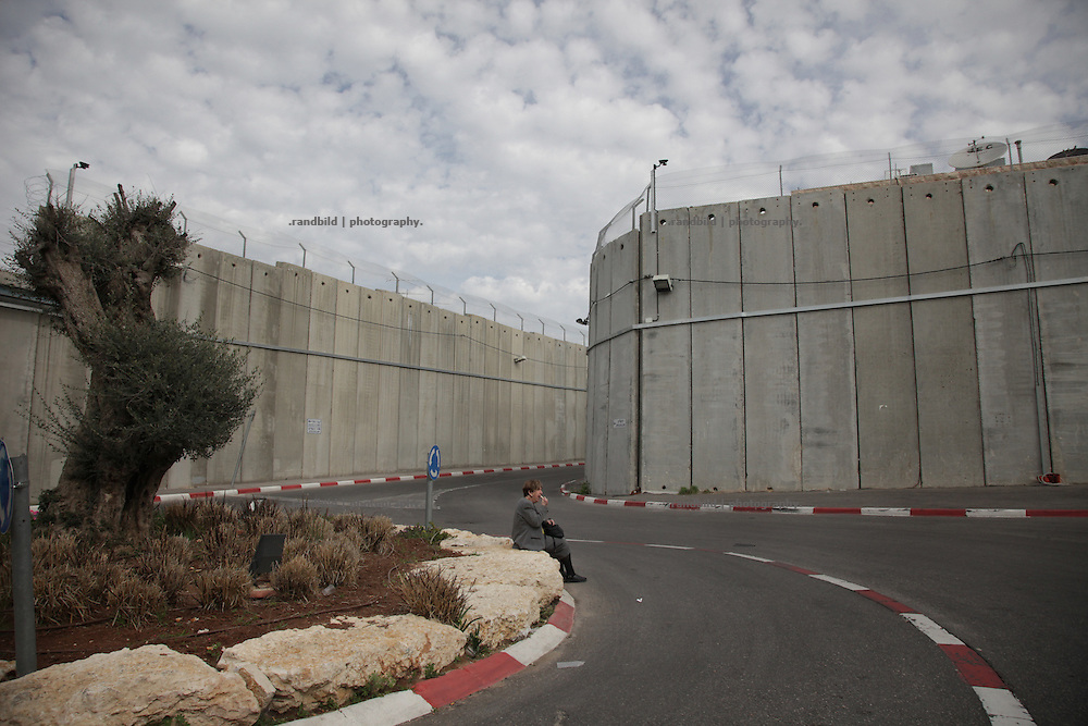 Separation Wall surrounded Rachel´s Tomb in Bethlehem, an important jewish heritage site.