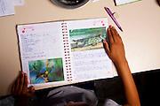 Belo Horizonte_MG, Brasil...Alunos da  Escola Estadual Leon Renault, leem instrucoes para experiencias em laboratorio...The students of the State School Leon Renault, is reading instructions for laboratory experiments...Foto: LEO DRUMOND / NITRO
