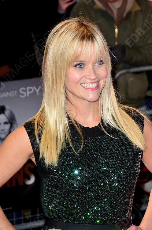 30.JANUARY.2012. LONDON<br /> <br /> REESE WITHERSPOON ATTENDS THE UK PREMIERE OF THIS MEANS WAR AT THE ODEON KENSINGTON IN LONDON<br /> <br /> BYLINE: EDBIMAGEARCHIVE.COM<br /> <br /> *THIS IMAGE IS STRICTLY FOR UK NEWSPAPERS AND MAGAZINES ONLY*<br /> *FOR WORLD WIDE SALES AND WEB USE PLEASE CONTACT EDBIMAGEARCHIVE - 0208 954 5968*