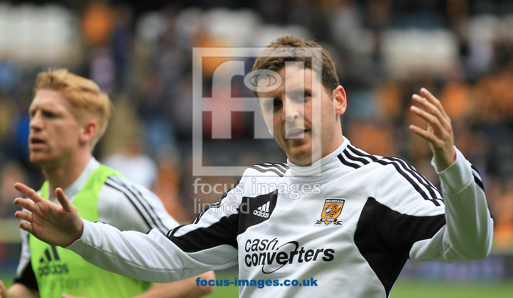 Picture by Richard Gould/Focus Images Ltd +44 7855 403186.04/05/2013.Alex Bruce of Hull City gets the crowd going during the npower Championship match at the KC Stadium, Kingston upon Hull.