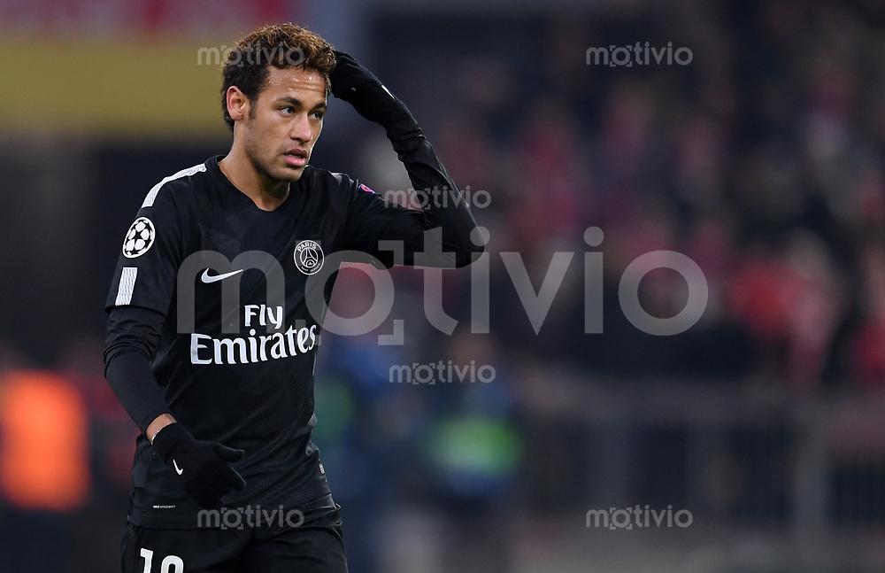FUSSBALL CHAMPIONS LEAGUE SAISON 2017/2018 GRUPPENPHASE FC Bayern Muenchen - Paris Saint-Germain               05.12.2017 Neymar (Paris Saint-Germain)