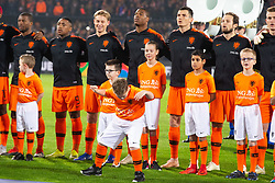 Georginio Wijnaldum of Holland, Steven Bergwijn of Holland, Frenkie de Jong of Holland, Denzel Dumfries of Holland, Marten de Roon of Holland, Daley Blind of Holland, Matthijs de Ligt of Holland, ing oranjevriendjes line up, lineup, child during the UEFA Nations League A group 1 qualifying match between The Netherlands and France at stadium De Kuip on November 16, 2018 in Rotterdam, The Netherlands