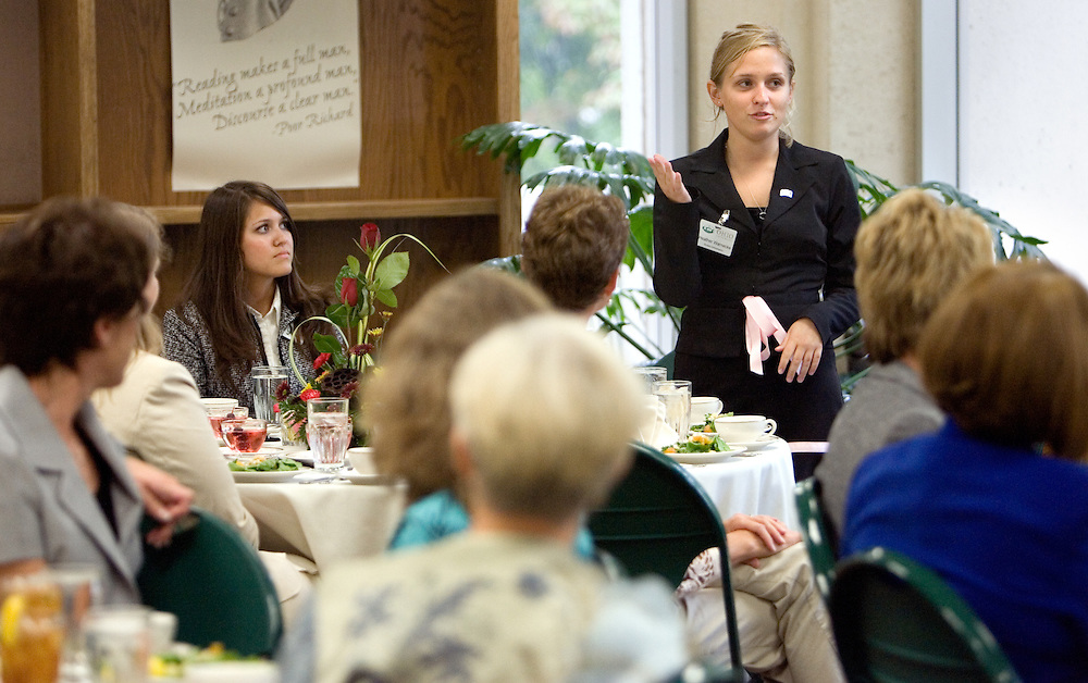 Student Heather Warnecke introduces  herself to the crowd during the Women in Philanthropy Celebration and Conversation luncheon at the Scripps College Celebration.