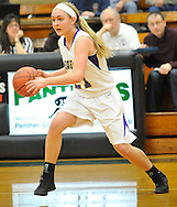 Avon vs Avon Lake girls varsity basketball on February 24, 2012.