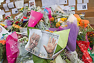 7 Dec Mourners at Cape Town City Hall and Pretoria