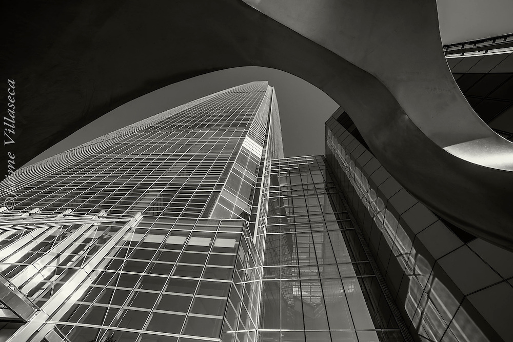 FOT&Oacute;GRAFO: Jaime Villaseca ///<br /> <br /> Edificio Costanera Center.