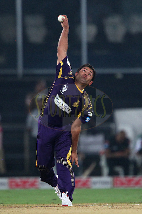 Piyush CHAWLA of the Kolkata Knight Riders  during match 18 of the Oppo Champions League Twenty20 between the Kolkata Knight Riders and the Dolphins held at the Rajiv Gandhi Cricket Stadium, Hyderabad, India on the 29th September 2014<br /> <br /> Photo by:  Ron Gaunt / Sportzpics/ CLT20<br /> <br /> <br /> Image use is subject to the terms and conditions as laid out by the BCCI/ CLT20.  The terms and conditions can be downloaded here:<br /> <br /> http://sportzpics.photoshelter.com/gallery/CLT20-Image-Terms-and-Conditions-2014/G0000IfNJn535VPU/C0000QhhKadWcjYs