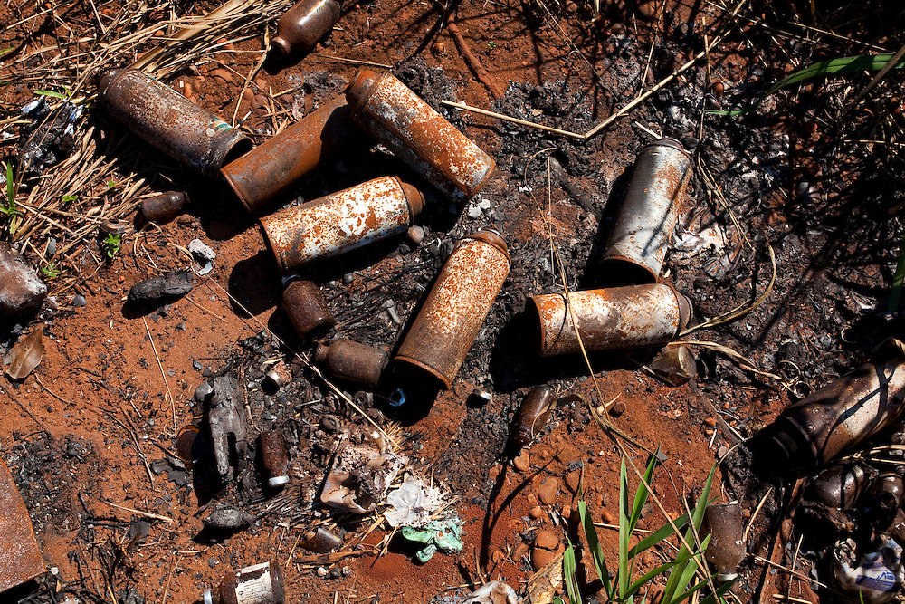 Sao Francisco de Sales_MG, Brasil...Lixao as margens da MG 255 em Sao Francisco Sales, Minas Gerais...A waste disposal near MG 255 in Sao Francisco Sales, Minas Gerais...Foto: LEO DRUMOND / NITRO
