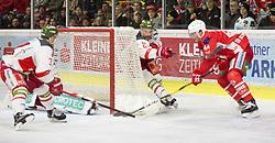 17.03.2019, Stadthalle, Klagenfurt, AUT, EBEL, EC KAC vs HCB Suedtirol Alperia, Viertelfinale, 3. Spiel, im Bild Paul GEIGER (HCB Suedtirol Alperia, #3), Jacob SMITH (HCB Suedtirol Alperia, #1), Tim CMPBELL (HCB Suedtirol Alperia, #51), Adam COMRIE (EC KAC, #44) // during the Erste Bank Icehockey 3rd quarterfinal match between EC KAC and HCB Suedtirol Alperia at the Stadthalle in Klagenfurt, Austria on 2019/03/17. EXPA Pictures © 2019, PhotoCredit: EXPA/ Gert Steinthaler