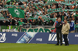 18.09.2010, Weserstadion, Bremen, GER, 1. FBL, Werder Bremen vs 1. FSV Mainz 05, im Bild Thomas Schaaf (Trainer Werder Bremen, links), Klaus Allofs (rechts)   EXPA Pictures © 2010, PhotoCredit: EXPA/ nph/  Frisch+++++ ATTENTION - OUT OF GER +++++