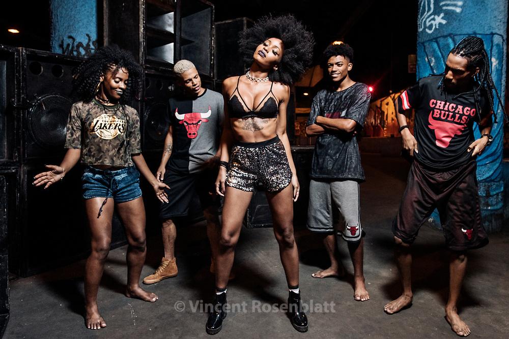 Jessica Maurice, model from Duque de Caxias, satelite city of Rio de Janeiro. Baile Funk essay for C&A Brazil and their NBA collection, shot in Madureira, North Zone of Rio de Janeiro.