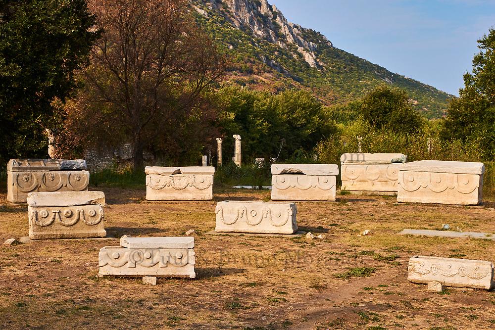 Turquie, province d'Izmir, ville de Selcuk, site archéologique d'Ephese, cimetière // Turkey, Izmir province, Selcuk city, archaeological site of Ephesus, cimetery