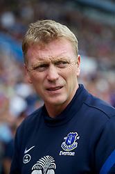 BIRMINGHAM, ENGLAND - Saturday, August 25, 2012: Everton's manager David Moyes before the Premiership match against Aston Villa at Villa Park. (Pic by David Rawcliffe/Propaganda)