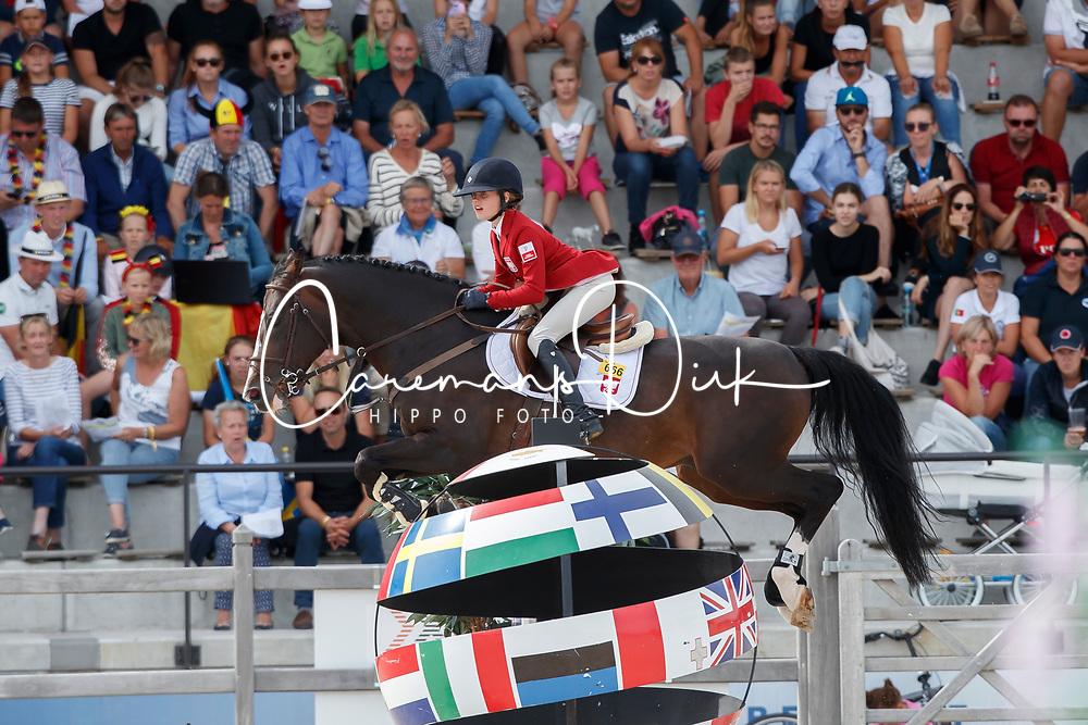 Kierznowska Aleksandra, POL, Dior V<br /> Children European Championships Jumping <br /> Samorin 2017&copy; Hippo Foto - Dirk Caremans<br /> 12/08/2017