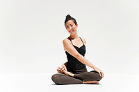 Jenny Ahn wellness coach and yoga teacher.