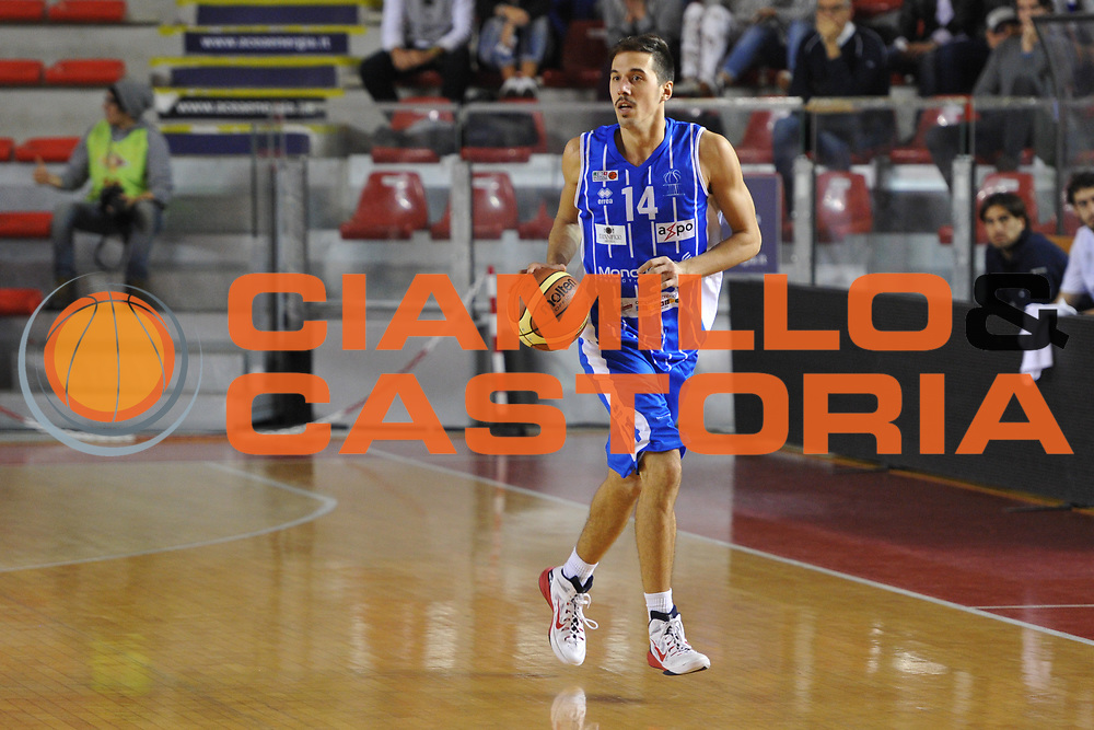 DESCRIZIONE : Roma LNP A2 2015-16 Acea Virtus Roma Moncada Agrigento<br /> GIOCATORE : Andrea Saccaggi<br /> CATEGORIA : palleggio<br /> SQUADRA : Moncada Agrigento<br /> EVENTO : Campionato LNP A2 2015-2016<br /> GARA : Acea Virtus Roma Moncada Agrigento<br /> DATA : 18/10/2015<br /> SPORT : Pallacanestro <br /> AUTORE : Agenzia Ciamillo-Castoria/G.Masi<br /> Galleria : LNP A2 2015-2016<br /> Fotonotizia : Roma LNP A2 2015-16 Acea Virtus Roma Moncada Agrigento