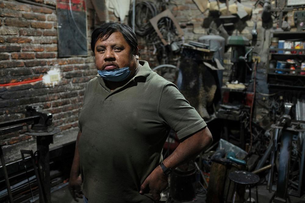 Leonardo. Welding Shop, San Miguel de Allende, Mexico.