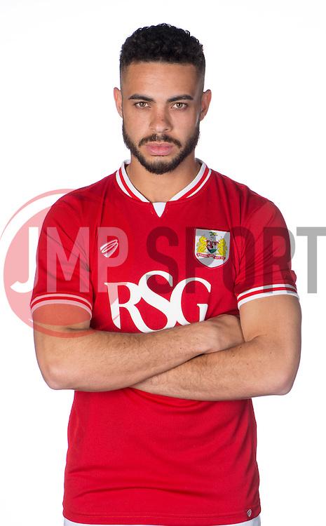 Bristol City's Derrick Williams  - Photo mandatory by-line: Joe Meredith/JMP - Mobile: 07966 386802 - 28/04/2015 - SPORT - Football - Bristol - SGS Wise Campus
