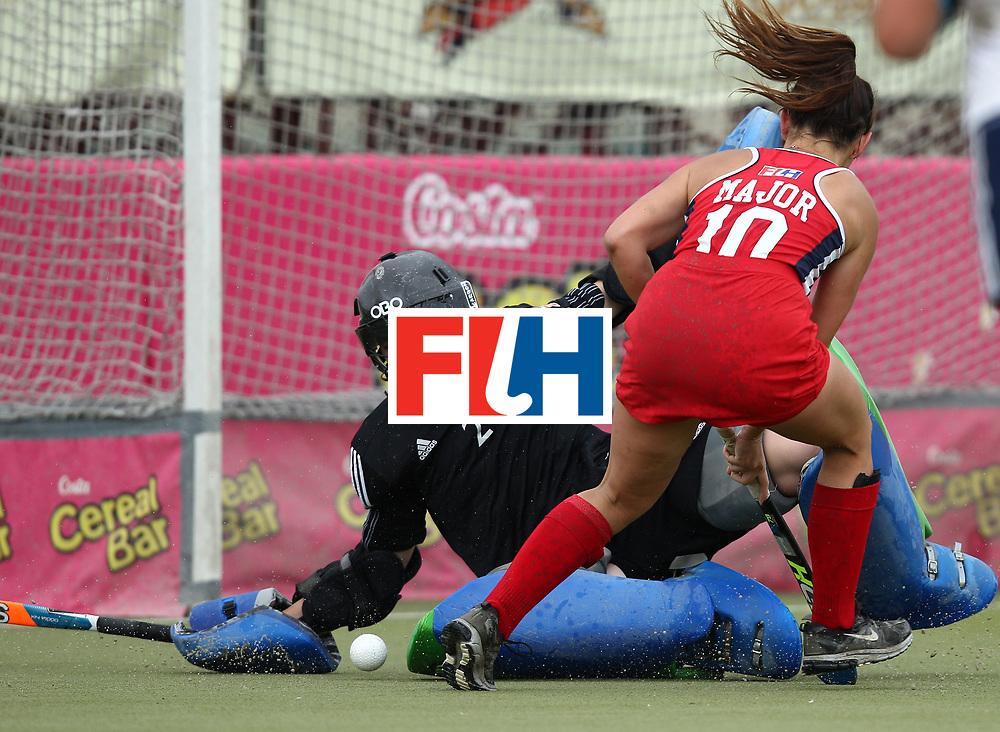 SANTIAGO - 2016 8th Women's Hockey Junior World Cup.<br /> 39 ENG v USA (7 / 8 Place)<br /> foto:  PRITCHARD Miriam (GK) - MAJOR Gabrielle<br /> FFU PRESS AGENCY COPYRIGHT RODRIGO JARAMILLO