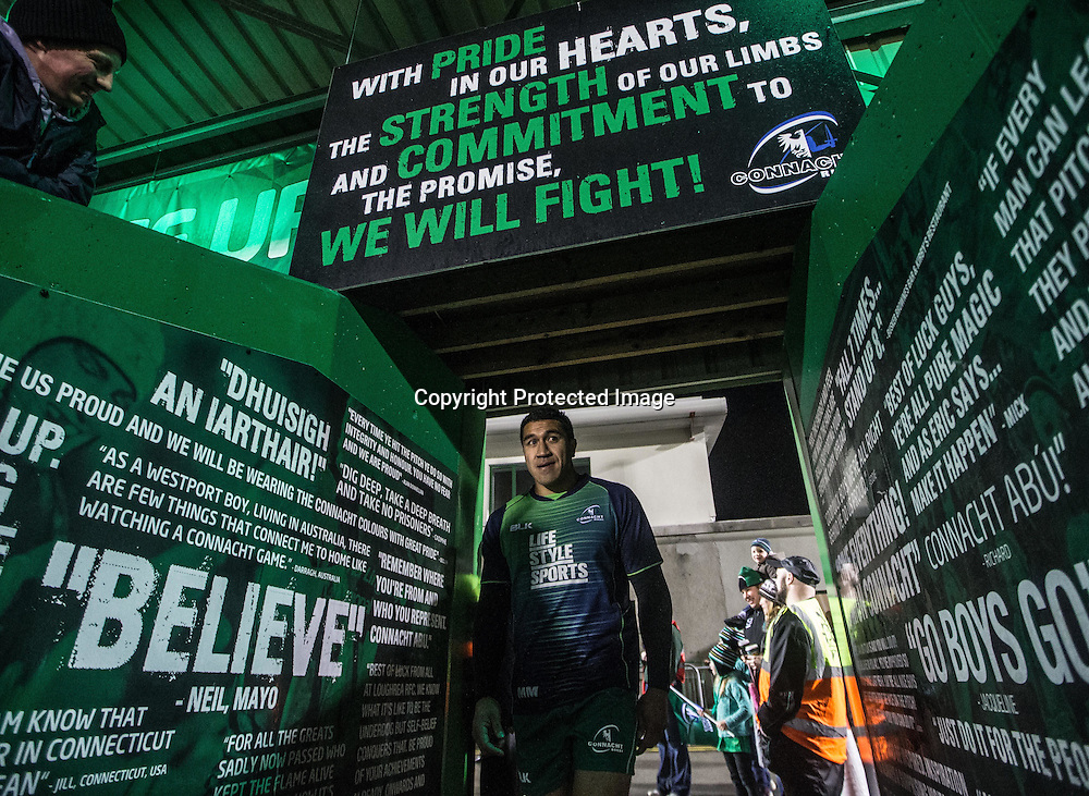 Guinness PRO12, Sportsground, Galway 21/11/2014<br /> Connacht vs Zebre<br /> Connacht's Mils Muliaina takes to the field to warm up<br /> Mandatory Credit &copy;INPHO/James Crombie