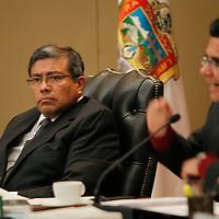 Toluca, Mex.- Jesús Castillo Sandoval durante sesión extraordinaria del Consejo General del Instituto Electoral del Estado de México  se aprobó el Convenio de Apoyo y Colaboración que se suscribirá con el Instituto Federal Electoral para la celebración de la llamada elección coincidente, esto a tan solo 48 horas de iniciar formalmente el Proceso Electoral 2012. Agencia MVT / Crisanta Espinosa. (DIGITAL)<br /> <br /> NO ARCHIVAR - NO ARCHIVE