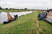 Nederland, Gramsbergen, 6-11-2013Hherintroductie van de Zomp, een scheepje waarmee men toeristische tochtjes over de OverijsselseVecht wil maken. Vooralsnog is alleen een schaalmodel beschikbaar..Foto: Flip Franssen/Hollandse Hoogte