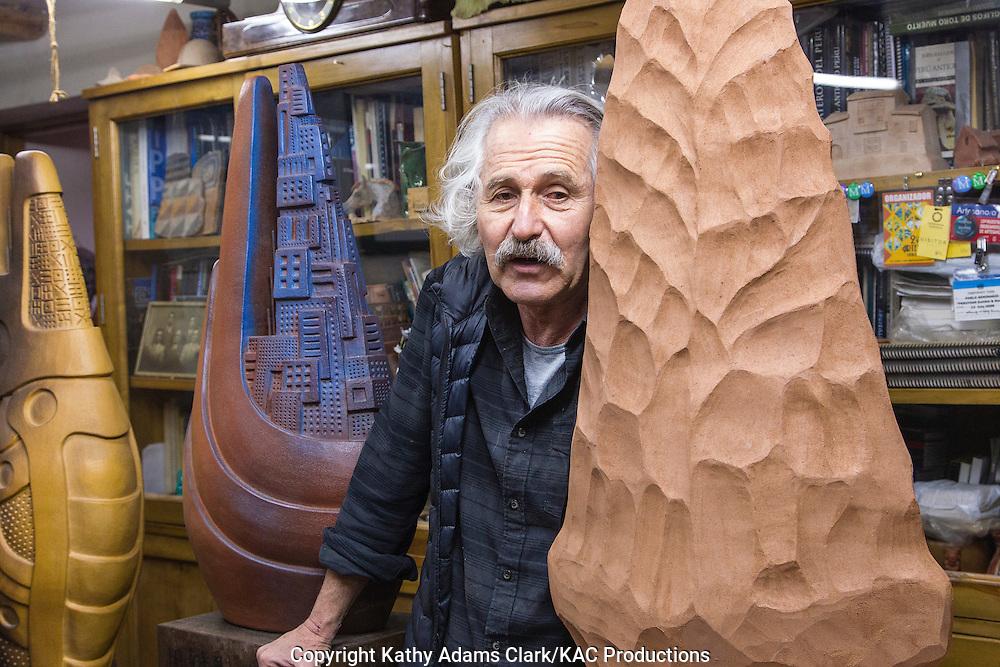 Pablo Seminario, artist, pottery, Urubamba, Peru,