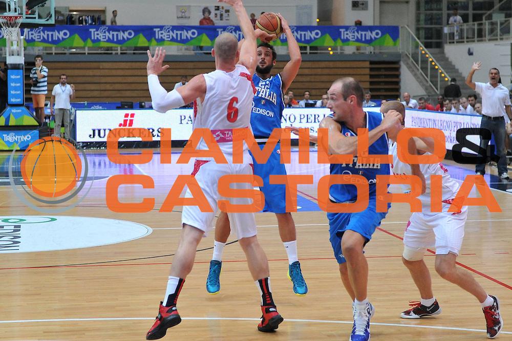 DESCRIZIONE : Trento Trentino Basket Cup Italia Polonia<br /> GIOCATORE : marco belinelli<br /> CATEGORIA : tiro<br /> SQUADRA : Nazionale Italia Maschile<br /> EVENTO :  Trento Trentino Basket Cup<br /> GARA : Italia Polonia<br /> DATA : 09/08/2013<br /> SPORT : Pallacanestro<br /> AUTORE : Agenzia Ciamillo-Castoria/M.Gregolin<br /> Galleria : FIP Nazionali 2013<br /> Fotonotizia : Trento Trentino Basket Cup Italia Polonia<br /> Predefinita :