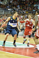 31.05.2014, Audi Dome, Muenchen, GER, Beko Basketball BL, FC Bayern Muenchen Basketball vs EWE Baskets Oldenburg, Halbfinale, im Bild Chris Kramer (EWE Baskets Oldenburg), Lucca Staiger (FC Bayern Muenchen Basketball), v.li. Aktion, // during the Beko Basketball Bundes league semifinal match between FC Bayern Munich Basketball and EWE Baskets Oldenburg at the Audi Dome in Muenchen, Germany on 2014/05/31. EXPA Pictures © 2014, PhotoCredit: EXPA/ Eibner-Pressefoto/ Buthmann<br /> <br /> *****ATTENTION - OUT of GER*****